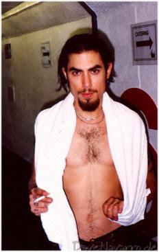 hot-dave-navarro-nu-pelado-naked-gays-gostam (17)