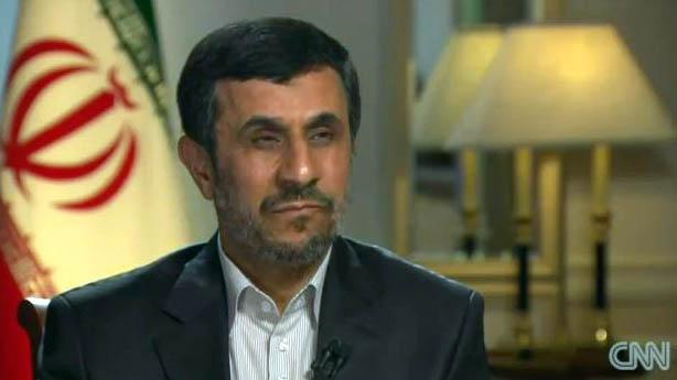 Ahmadinejad fala: 'Homossexualidade acaba com a procriação' Gays Gostam
