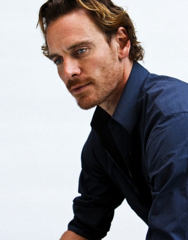 hot-michael-fassbender-pelado (18)