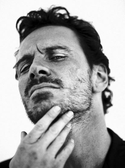 hot-michael-fassbender-pelado (2)