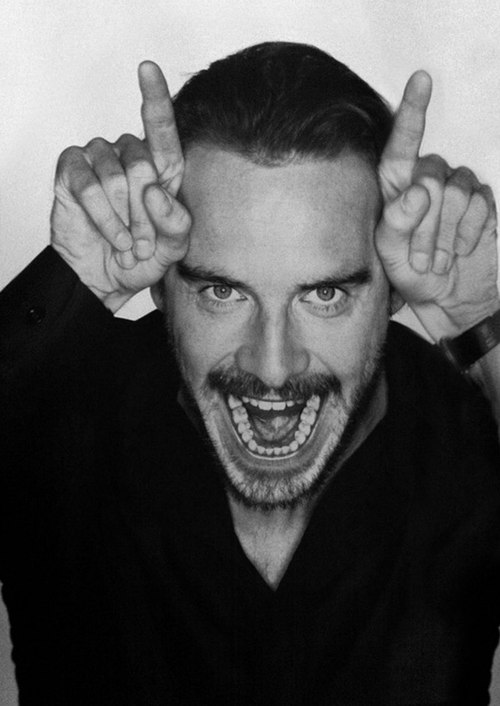 hot-michael-fassbender-pelado (30)