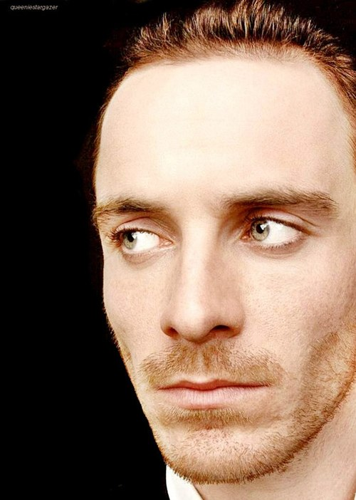 hot-michael-fassbender-pelado (33)