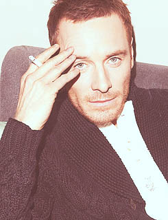 hot-michael-fassbender-pelado (7)