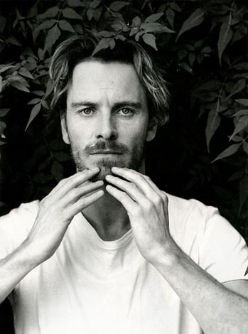 hot-michael-fassbender-pelado (9)
