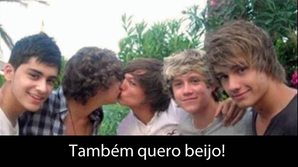One Direction Beijo Gay
